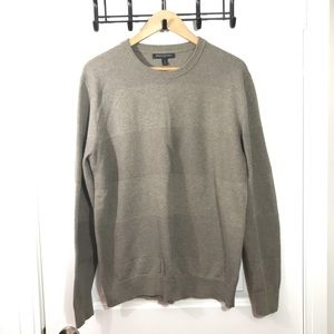 Banana Republic Tan Large Long Sleeve Sweater